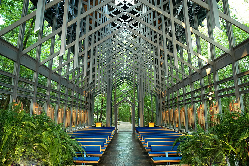 THORNCROWN CHAPEl destination wedding location